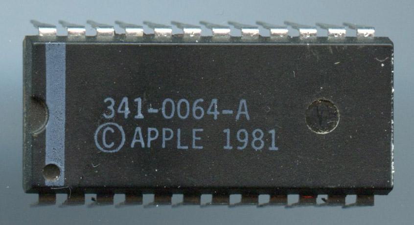 341_0064A_Apple_1981_pkg.jpg